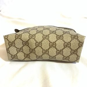 Gucci Bags - Vintage Gucci Incidental/Makeup Bag